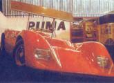 O protótipo AC com aerofólio, exposto no stand da Puma no Salão do Automóvel de 1968.