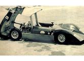 A primeira versão do protótipo AC em fase de testes no Autódromo do Rio de Janeiro (fonte: site hiperfanauto).