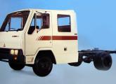 Com a Linha 86, pela primeira vez a Agrale ofereceu opção de cabine-dupla para seus pequenos caminhões.