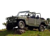 Marruá VTNE AM 11 - 4x4 com chassi longo, quatro portas e cinco lugares (fonte: site military-vehicle-photos).