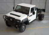 Marruá AM 300 - chassi-cabine com duplo rodado traseiro e capacidade de 3 t.
