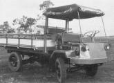Primeiro protótipo do caminhão Agrale, ainda inspirado nas carretas agrícolas do Sul do país.