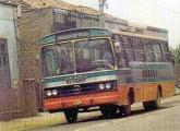 Natus Bahia sobre chassi Mercedes-Benz LPO da empresa Boassu, de São Gonçalo (RJ): rara imagem de ônibus da marca operando fora do Nordeste (foto: Rafael Fernandes de Avellar).