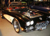 Réplica Corvette 1958 (fonte: site motoronline).