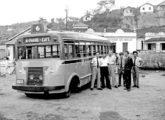 Uma das primeiras carrocerias da Caio, montada sobre chassi de caminhão médio importado, operando em Juiz de Fora (MG) (fonte: Werner Keifer).