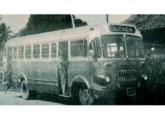 LP-312 - o primeiro chassi brasileiro da Mercedes-Benz - encarroçado pela Caio para a Autoviária Santa Luzia, de Salvador (BA) (fonte: Alexandre Figueiredo / Jornal Primeira Página).