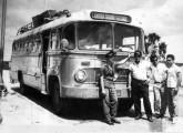 """Provavelmente do final de 1957 é este """"Fita Azul"""" com chassi Mercedes-Benz LP-312 operando a ligação rodoviária entre Campina Grande (PB) e Sertania (PE), no sertão nordestino (fonte: Berenice Batista / onibusbrasil)."""