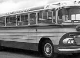 Rodoviária Scania de 1959, da empresa Reunidas, já trazendo os primeiros elementos estilísticos da nova carroceria Bossa Nova.