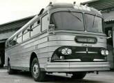 Caio Papa-Léguas, especialmente desenvolvido a pedido do Expresso Brasileiro, para utilizar a mecânica GM ODC 210 usada.