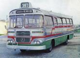 """Jaraguá II, de 1966, sobre chassi Mercedes-Benz LPO; a """"capelinha"""" com o número da linha indica ser ônibus carioca."""