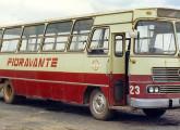 O urbano Bela Vista teve a produção iniciada em 1969; este exemplar, com chassi Mercedes-Benz LPO, foi fotografado em Sorocaba (SP) em 1987 (fonte: site railbuss).