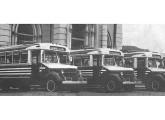 Quatro lotações sobre chassis Volvo construídos em 1948 para Manhuaçu e Governador Valadares (MG) (fonte: internet, Sérgio Martire).