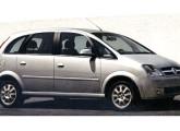 Em apenas um mês a bonita minivan Meriva conquistou a liderança do mercado.