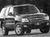 Perdendo mercado, a Blazer foi levemente alterada em 2005.