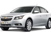 Com o sedã Cruze, lançado em 2011, a GM deu continuidade à total renovação de sua linha de modelos, iniciada dois anos antes com o Agile.