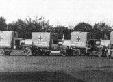 Caminhões Chevrolet equipados como ambulância para a Revolução Constitucionalista de 1932 (fonte: Expedito Carlos Stephani Bastos).