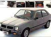 Em 1981 o Chevette ganhou faróis quadrados.