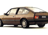 O moderno Chevrolet Monza hatch, a grande novidade de 1982.