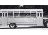 Ônibus Chevrolet 1942.