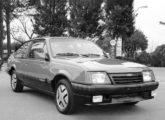 Chevrolet S/R 1988 (fonte: Carlos Meccia / autoentusiastas).