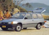 Kadett Ipanema de duas portas, lançada poucos meses depois do modelo hatch.