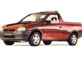 Picape Corsa, lançada em junho de 1995, segundo modelo derivado do hatch.