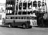 Coach brasileiro aplicado no transporte público de Fortaleza (CE) no início da década de 50.
