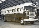 Uma das carrocerias com estrutura de madeira fabricadas pela CMTC a partir de 1954.