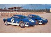 Dois Karmann-Ghia/Porsche da Escuderia Dacon, recém desembarcados no Autódromo Internacional do Rio de janeiro para a temporada de 1967 (fonte: site obvio).