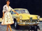 """Folheto de propaganda do FNM 2000 JK, divulgado no ano do seu lançamento; note a estética """"anos 60"""" da fotografia."""