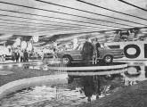 O JK foi a atração central do stand da Fábrica nacional de Motores no I Salão do Automóvel (fonte: Mecânica Popular).