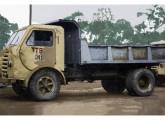 Caminhão basculante com longos anos de uso e a mesma cabine (fonte: Werner Keifer).