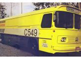 Furgão Cargo Car, construído a partir de monoblocos Mercedes fora de uso (fonte: Transporte Moderno).