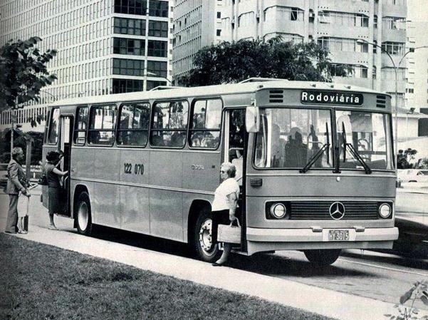 c30a4d51fca mercedes-texto33