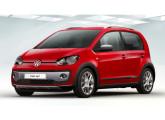 """Lançado em Genebra em março de 2014 o modelo cross up! foi oficialmente apresentado no Brasil em outubro, no Salão do Automóvel; o carrinho trazia discretos retoques externos (complementos plásticos nos arcos das rodas, nova grade, rack no teto e rodas de 15"""") mas nenhuma alteração mecânica."""
