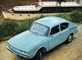 VW 1600 TL de duas portas e a nova frente de 1971.