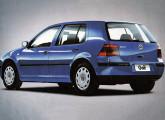 Volkswagen Golf 2000.