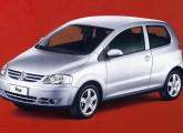 Fox de três portas: construído sobre plataforma Polo, foi lançado em 2003, em plena crise da Volkswagen.